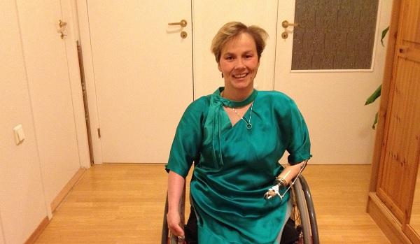 Liv Tone med kjole fra Fjellrypa